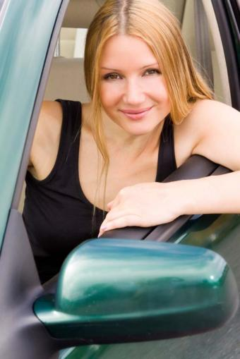 Car Dealers With Programs for Recent Graduates