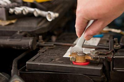 fixing car battery