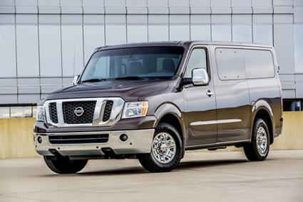 2014 Nissan NV Passenger Van | © 2014 Nissan