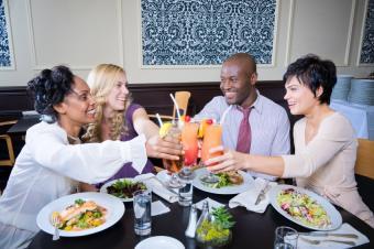 https://cf.ltkcdn.net/charity/images/slide/129593-850x565r1-dining_out.JPG