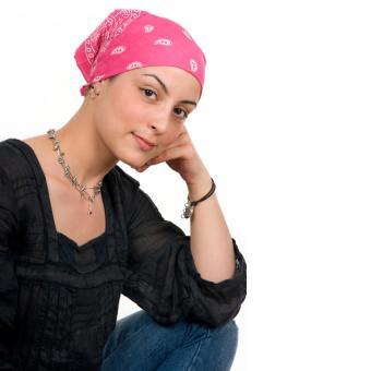 https://cf.ltkcdn.net/charity/images/slide/164871-850x850-breast-cancer-survivor.jpg