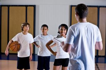 https://cf.ltkcdn.net/charity/images/slide/167676-849x565-sports-clinic.jpg