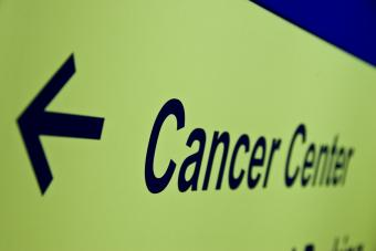 https://cf.ltkcdn.net/charity/images/slide/235220-850x567-3-popular-cancer-research-charities.jpg