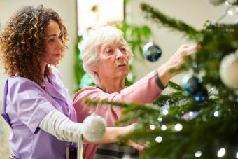 Dressing the tree in the care home
