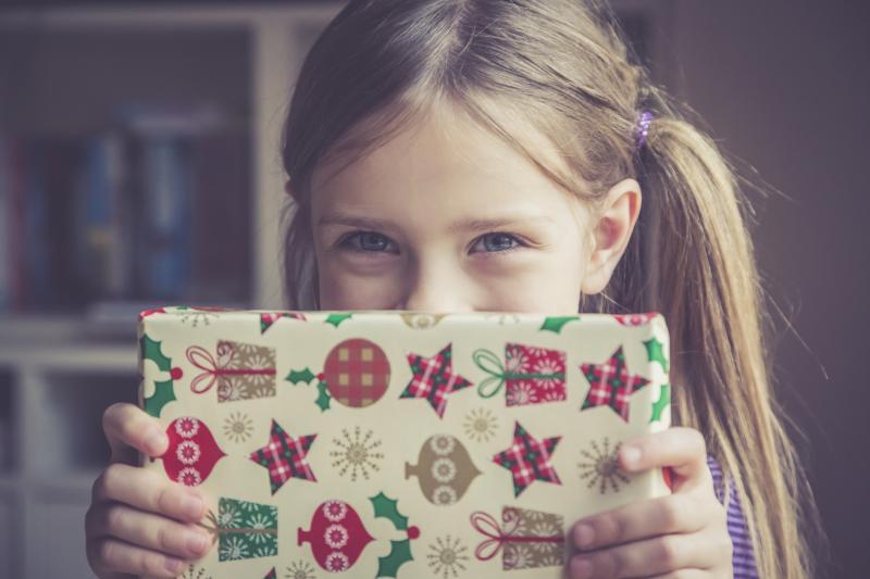 Christmas Assistance Ny Programs List 2021 Angel Tree Charity Program Guide Lovetoknow