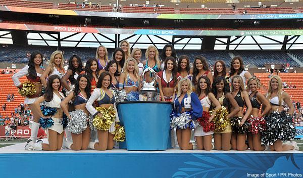 https://cf.ltkcdn.net/cheerleading/images/slide/144948-600x352-cheerleading_group.jpg