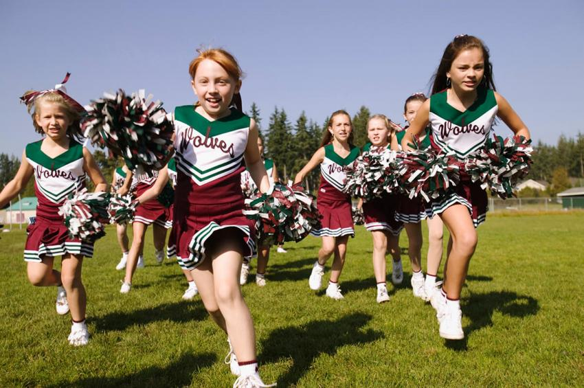 https://cf.ltkcdn.net/cheerleading/images/slide/231523-850x565-young-cheerleaders.jpg
