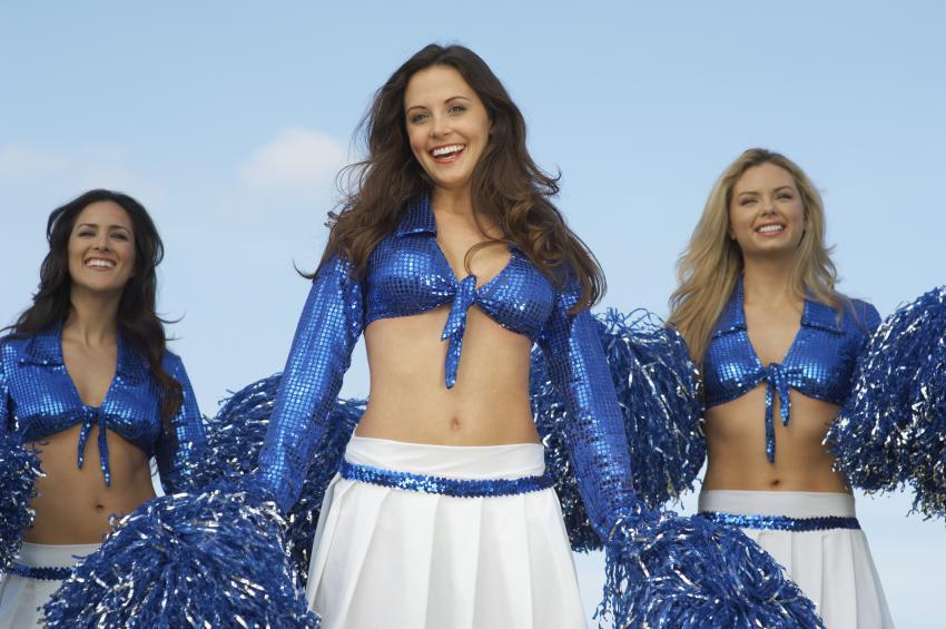 https://cf.ltkcdn.net/cheerleading/images/slide/250554-850x565-4_Genuine_smile.jpg