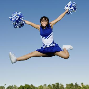 https://cf.ltkcdn.net/cheerleading/images/slide/174001-850x850-cheer-jumps-2.jpg