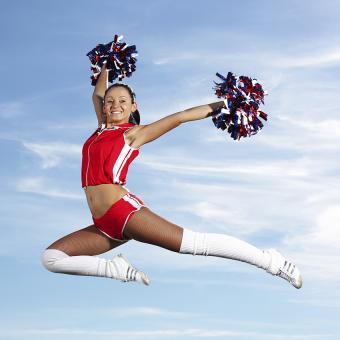 https://cf.ltkcdn.net/cheerleading/images/slide/174003-850x850-cheer-jumps-3.jpg