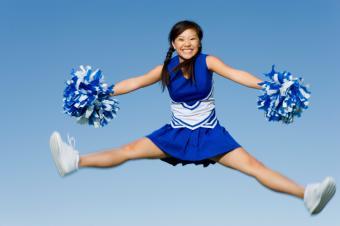 https://cf.ltkcdn.net/cheerleading/images/slide/174031-849x565-spread-eagle.jpg
