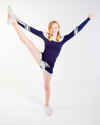 https://cf.ltkcdn.net/cheerleading/images/slide/51505-621x773-cheerleading-competitions.jpg