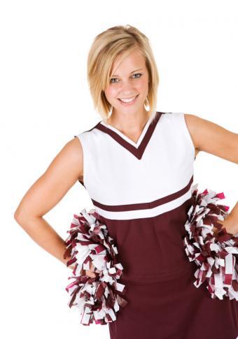 https://cf.ltkcdn.net/cheerleading/images/slide/51512-580x828-short-hair-blonde.jpg