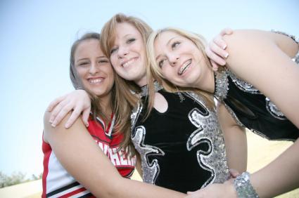 Cheerleaders bonding