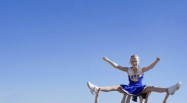 New-cheerleading-stunts.jpg