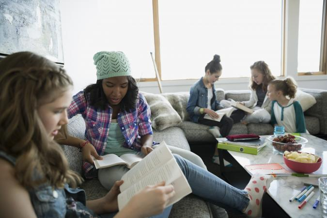Tween girls study group at home