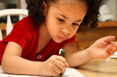 Books help children draw.