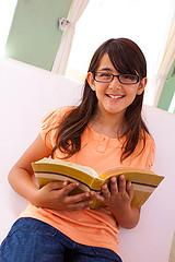 fifth grader reading