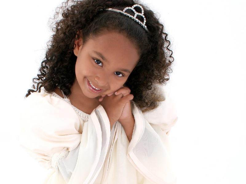 https://cf.ltkcdn.net/childrens-clothing/images/slide/131633-800x600r1-pageantangel.jpg