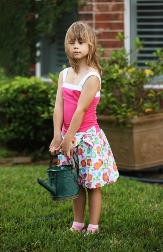 https://cf.ltkcdn.net/childrens-clothing/images/slide/40162-549x850-iStock_000009366338Small.jpg