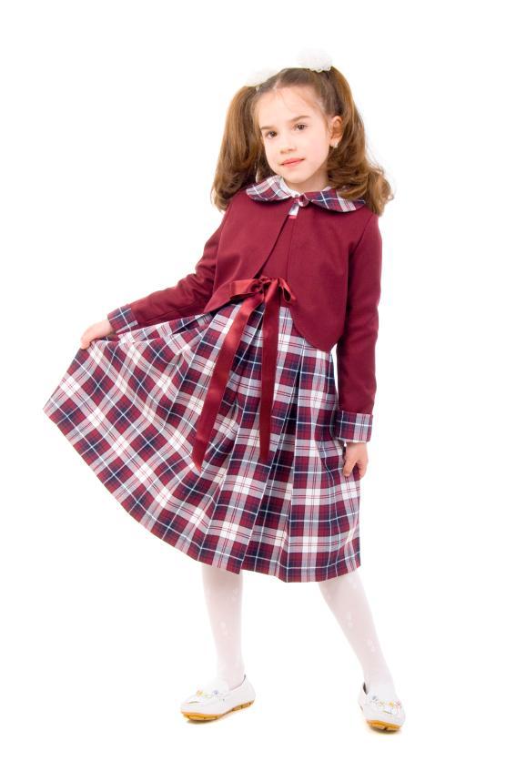 https://cf.ltkcdn.net/childrens-clothing/images/slide/40183-567x847-iStock_000009915861Small.jpg