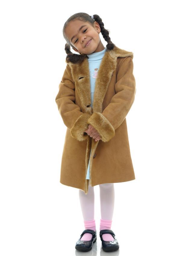 https://cf.ltkcdn.net/childrens-clothing/images/slide/40226-565x850-iStock_000009000297Small.jpg