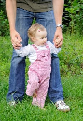 https://cf.ltkcdn.net/childrens-clothing/images/slide/127463-288x417-pinkoveralls.jpg