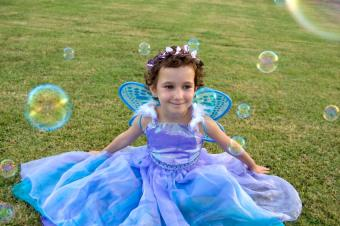 https://cf.ltkcdn.net/childrens-clothing/images/slide/131629-850x565r1-pageantfairy.jpg