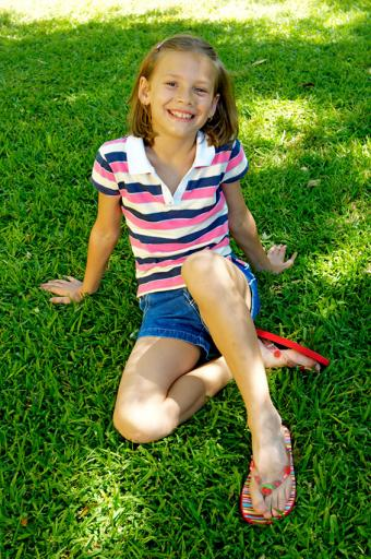 https://cf.ltkcdn.net/childrens-clothing/images/slide/188595-565x850-denim-shorts-and-polo.jpg