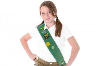 Tips for Finding Discount Girl Scout Uniforms