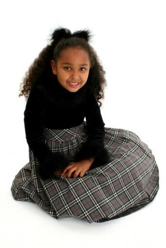 https://cf.ltkcdn.net/childrens-clothing/images/slide/40164-566x848-iStock_000001263924Small.jpg