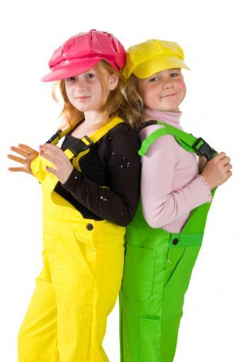 https://cf.ltkcdn.net/childrens-clothing/images/slide/40173-565x850-iStock_000009065376Small.jpg