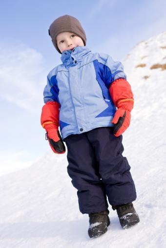 https://cf.ltkcdn.net/childrens-clothing/images/slide/40191-566x848-skijacket.jpg
