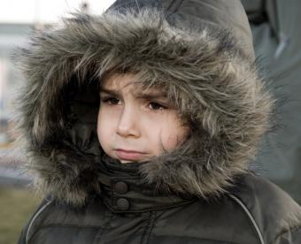 https://cf.ltkcdn.net/childrens-clothing/images/slide/40198-769x624-furhood.jpg