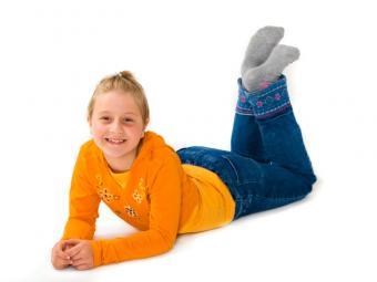 https://cf.ltkcdn.net/childrens-clothing/images/slide/40218-800x600-iStock_000008903069Small.jpg