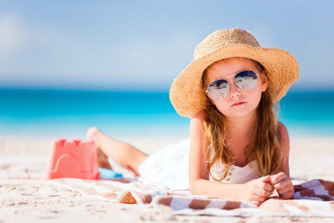 Girl at the beach; © Alexander Shalamov   Dreamstime.com