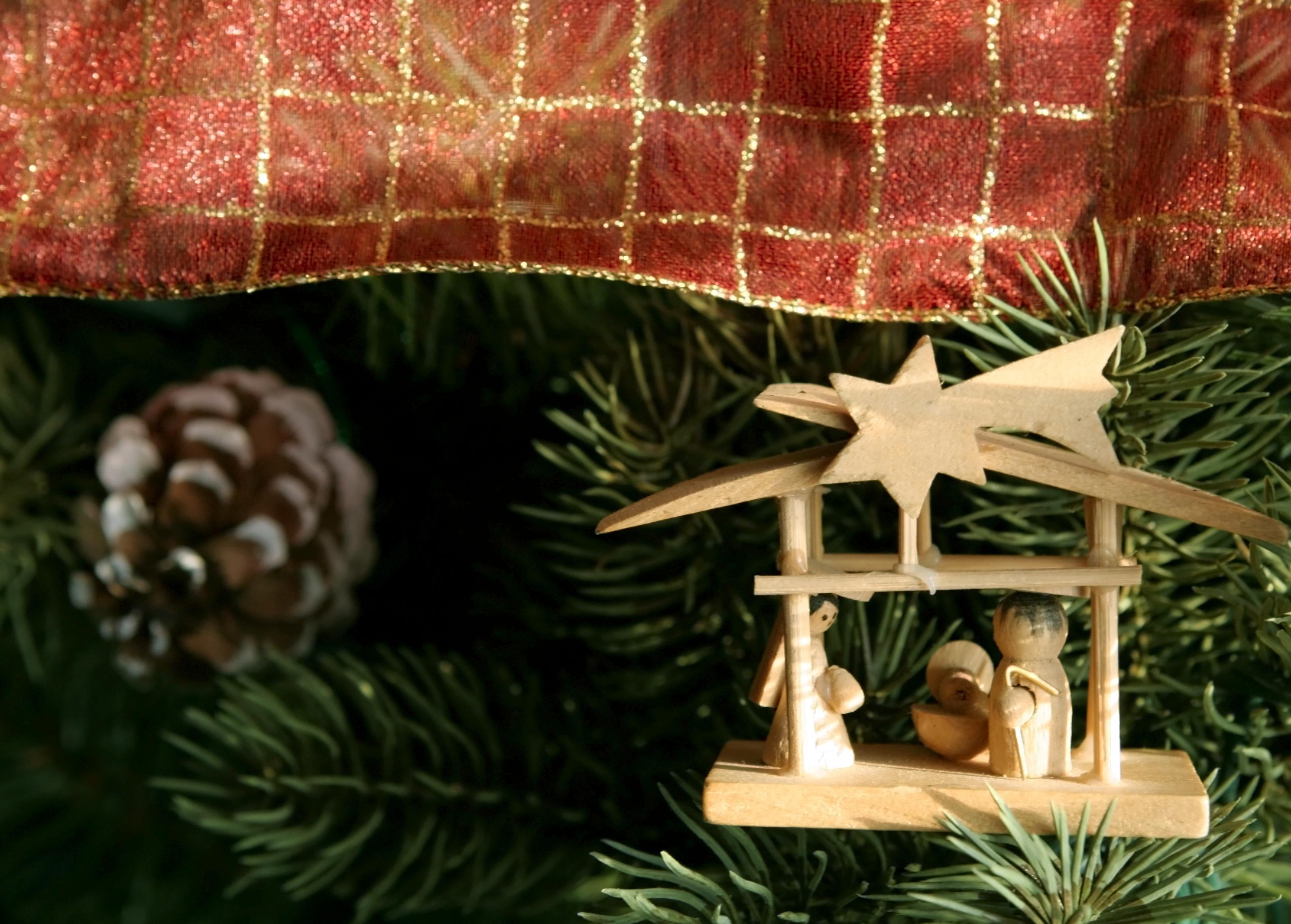 Religious-ornament.jpg