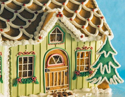 Pictures of Gingerbread Houses | LoveToKnow