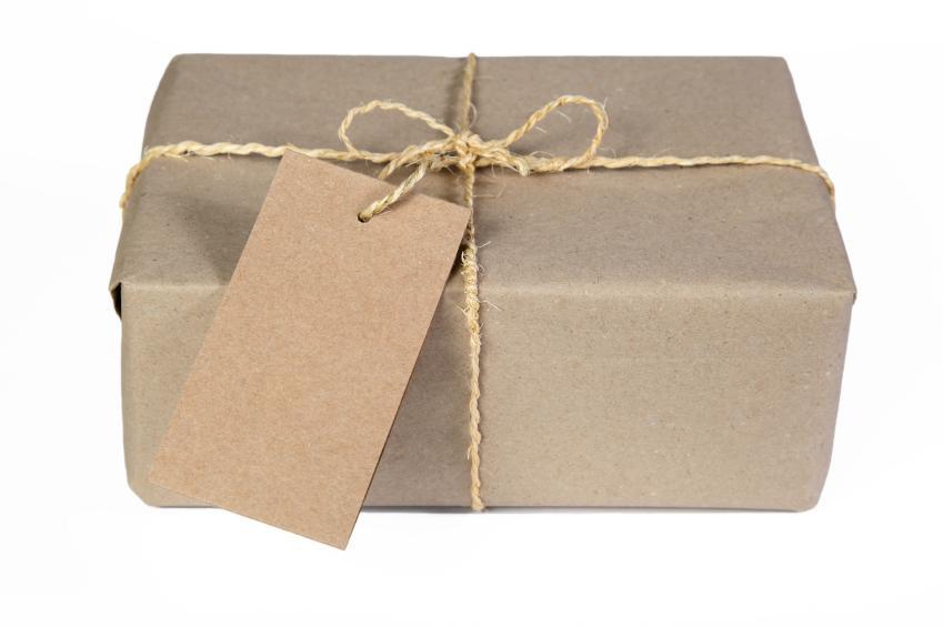 https://cf.ltkcdn.net/christmas/images/slide/165045-849x565-Craft-eco-friendly-wrap-%281%29.jpg