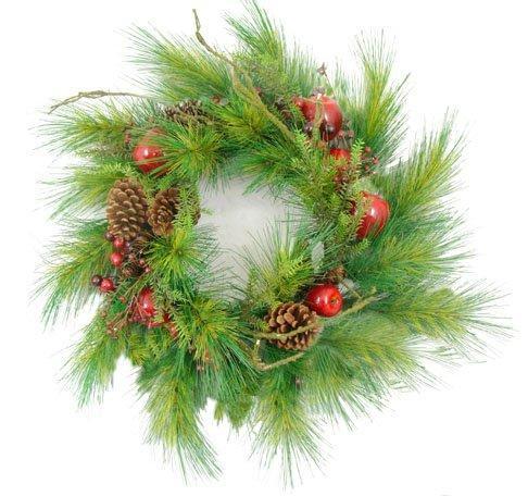 https://cf.ltkcdn.net/christmas/images/slide/173161-486x456-wreath-with-berries.jpg