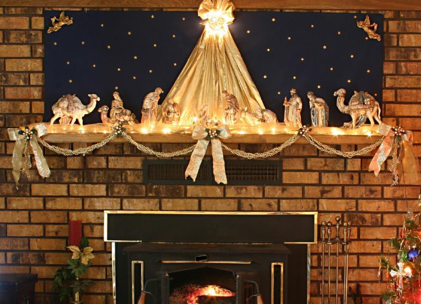 https://cf.ltkcdn.net/christmas/images/slide/182854-850x614-christmas-nativity-mantle1.jpg