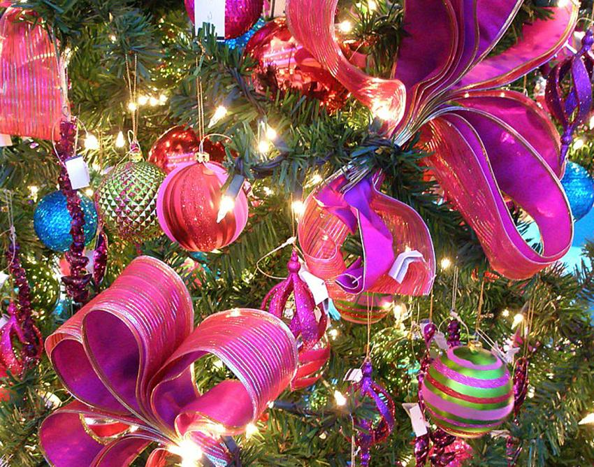 pink ribbon christmas tree