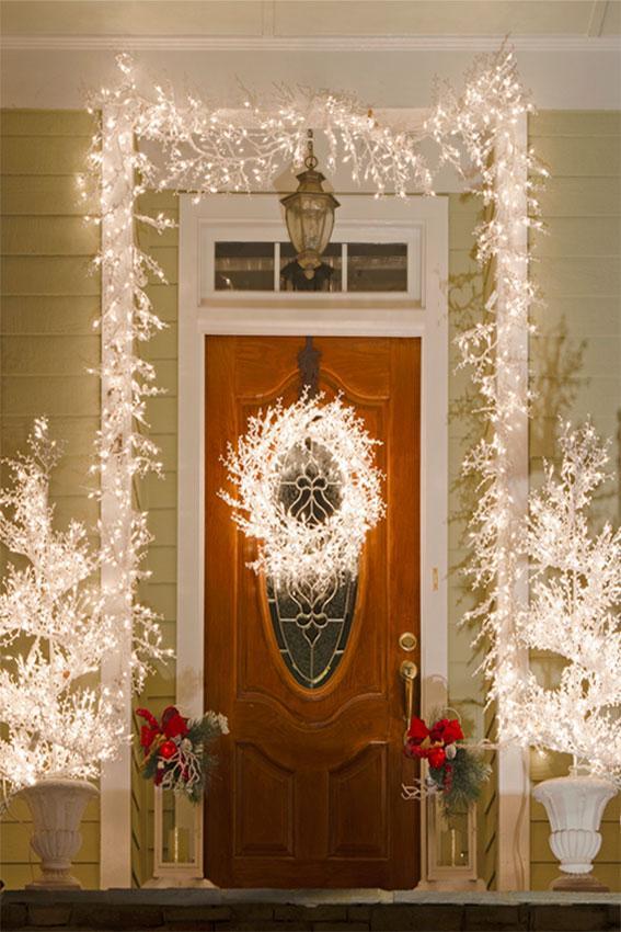white lights around entry door - Christmas Front Door