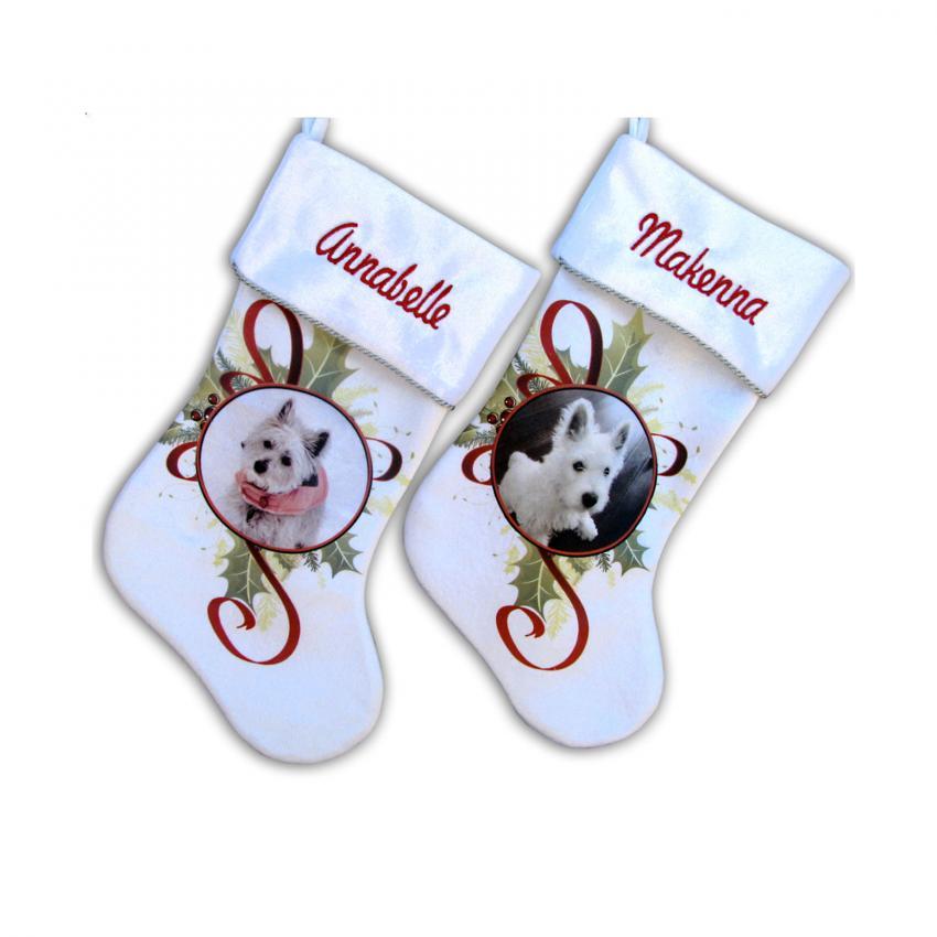https://cf.ltkcdn.net/christmas/images/slide/203327-850x850-Personalized-Pet-Christmas-Stockings.jpg