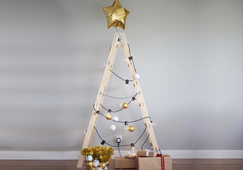 https://cf.ltkcdn.net/christmas/images/slide/251996-850x595-7_Ladder_Christmas_Tree.jpg