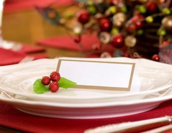 https://cf.ltkcdn.net/christmas/images/slide/1000-518x400-xmastable4.jpg