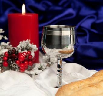https://cf.ltkcdn.net/christmas/images/slide/127844-426x400-xeve8.jpg