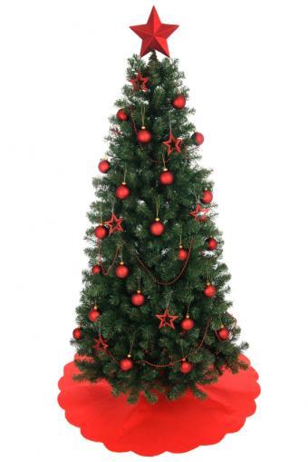 https://cf.ltkcdn.net/christmas/images/slide/162191-566x848-Red-decorations.jpg