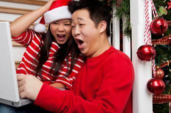 Modern Christmas traditions using computer