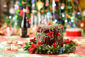 https://cf.ltkcdn.net/christmas/images/slide/189717-725x484-panettone.jpg
